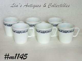 PYREX VINTAGE SET OF 6 CUPS IN THE OLD TOWN BLUE PATTERN