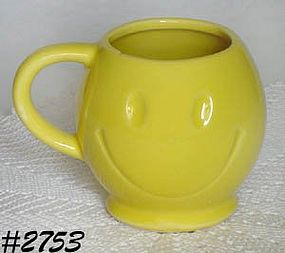 McCOY POTTERY -- SMILE (HAPPY) FACE MUG