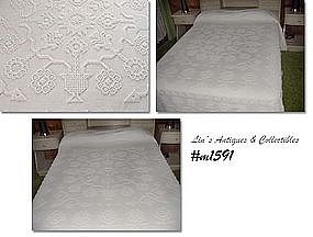 """GEORGE WASHINGTON'S CHOICE"" CHENILLE BEDSPREAD (BATES)"