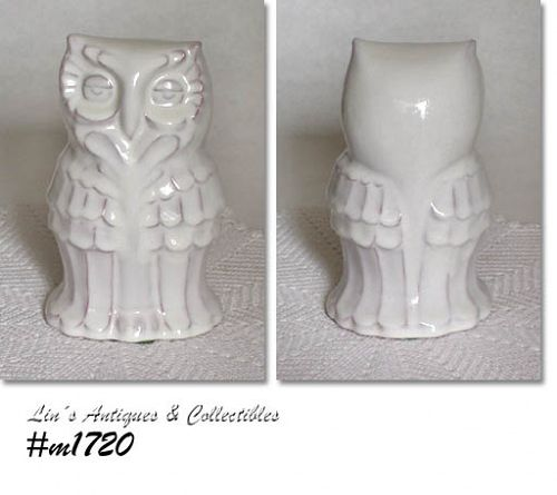 FRANKOMA VINTAGE OWL FIGURINE IN WHITE SAND COLOR