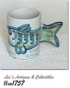 LOUISVILLE STONEWARE -- FISH HANDLE MUG