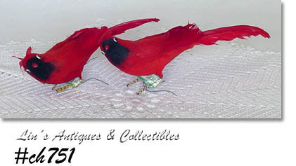 PAIR OF VINTAGE SPUN COTTON BRIGHT RED CARDINALS