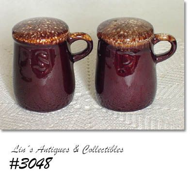 McCOY POTTERY BROWN DRIP SHAKER SET WITH HANDLES
