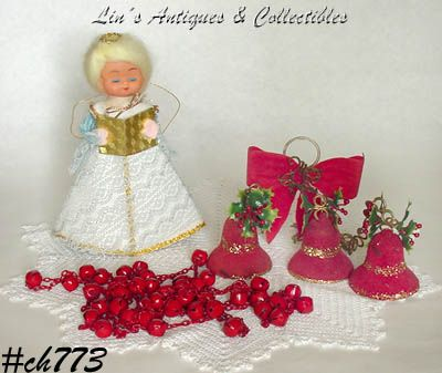 VINTAGE CHRISTMAS ITEMS LOT INCLUDES TOPPER, GARLAND, ORNAMENTS