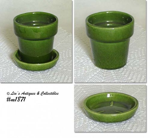 HAEGER POTTERY GREEN  3 3/8 INCH TALL FLOWERPOT WITH SEPARATE SAUCER