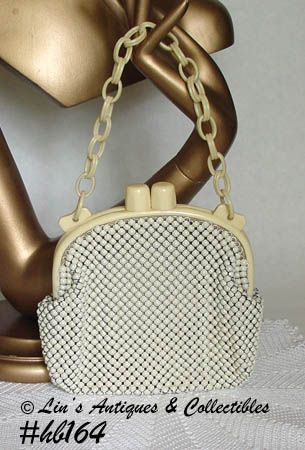 WHITING AND DAVIS VINTAGE ALUMESH HANDBAG WITH IVORYITE CARRY CHAIN