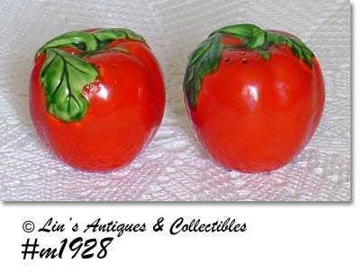 VINTAGE RED TOMATO SHAKER SET MADE IN JAPAN