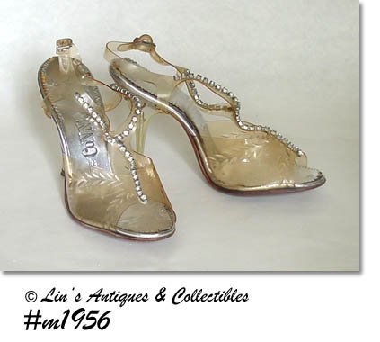 LADIES PUMPS WITH CARVED LUCITE HEELS