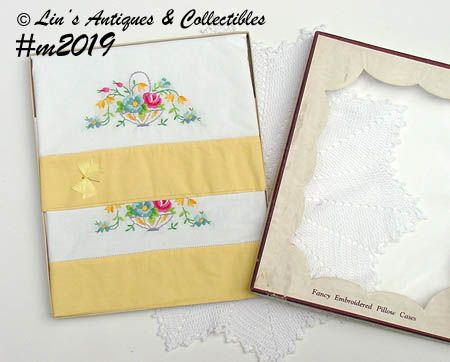 VINTAGE EMBROIDERED PILLOWCASES IN ORIGINAL BOX