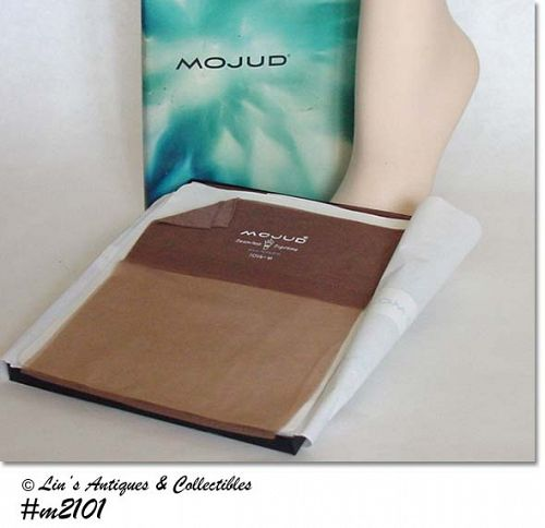 MOJUD STOCKINGS -- 4 PAIRS, SIZE 10M