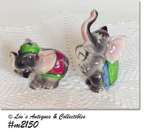 GRAY CIRCUS ELEPHANTS VINTAGE SALT AND PEPPER SHAKER SET
