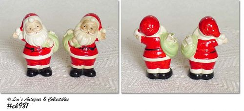 VINTAGE SANTA SHAKER SET MADE IN JAPAN
