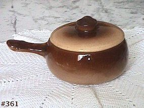 McCOY POTTERY -- INDIVIDUAL VINTAGE CASSEROLE WITH LID
