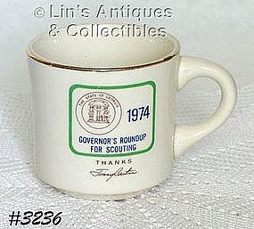 McCOY POTTERY -- BOY SCOUT CUP (1974)