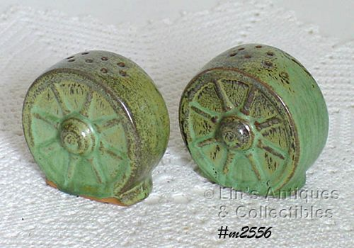 FRANKOMA POTTERY VINTAGE WAGON WHEEL SALT AND PEPPER SHAKER SET
