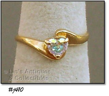 10K RING WITH HEART SHAPE MYSTIC TOPAZ SIZE 5 1/2