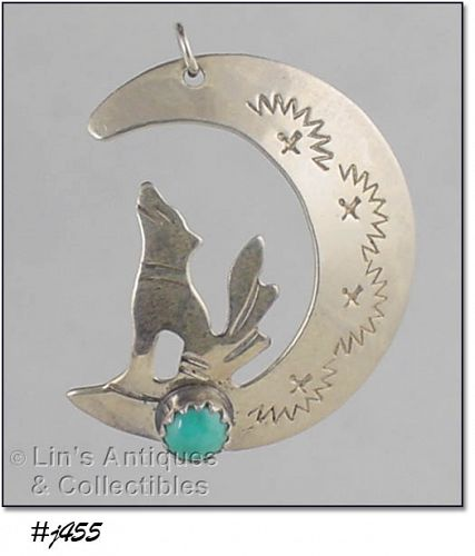 VINTAGE COYOTE HOWLING AT THE MOON SILVER PENDANT