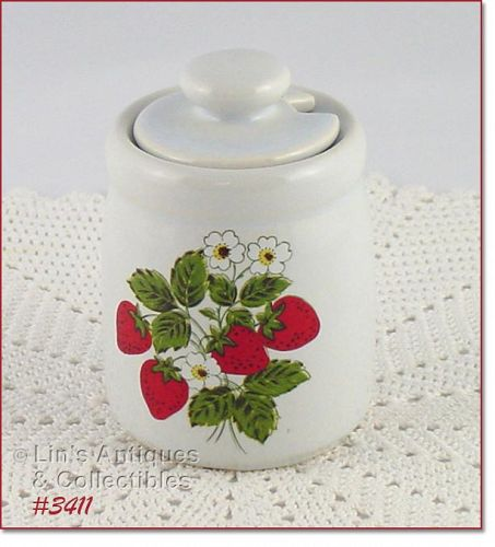 McCOY POTTERY STRAWBERRY COUNTRY SUGAR WITH LID