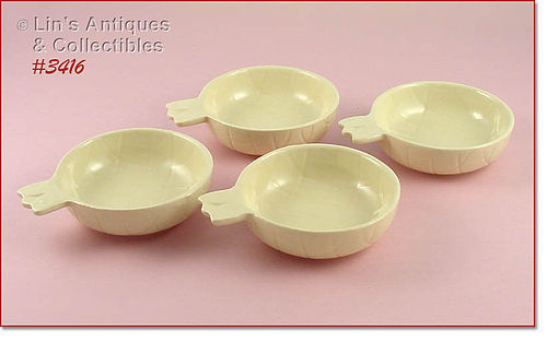 McCOY POTTERY � ISLANDER LINE SET OF 4 PINEAPPLE SHAPED BOWLS