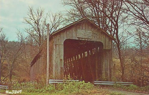 COVERED BRIDGE POSTCARD OF LOWER BLUE CREEK BRIDGE
