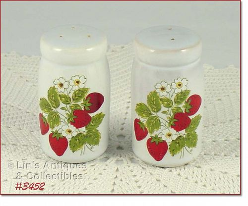 McCOY POTTERY STRAWBERRY COUNTRY SALT AND PEPPER SHAKER SET
