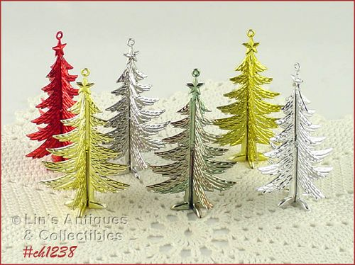 6 PLASTIC CHRISTMAS TREE SHAPED VINTAGE ORNAMENTS