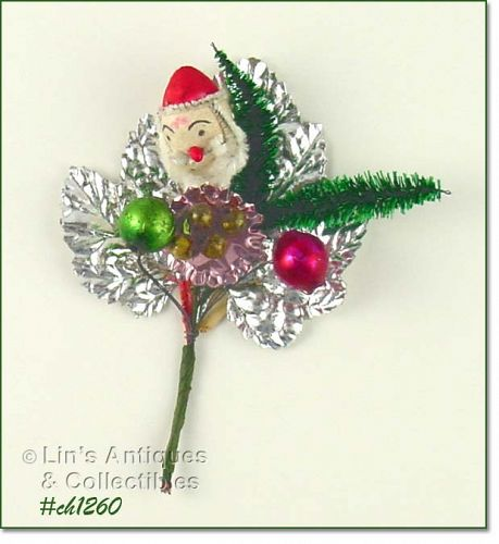 VINTAGE CHRISTMAS CORSAGE WITH SANTA FACE GLASS BEADS AND MORE