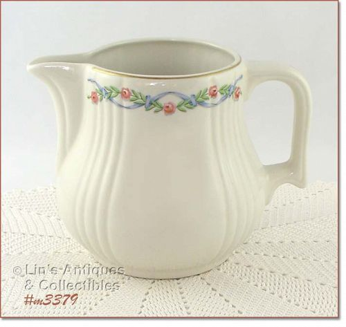 HALL POTTERY � WILDFIRE PATTERN VINTAGE PITCHER