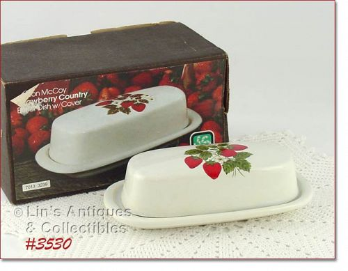 McCOY POTTERY VINTAGE STRAWBERRY COUNTRY BUTTER DISH MINT IN BOX