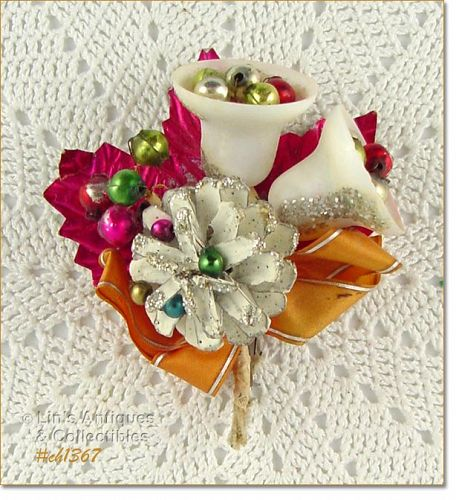 VINTAGE CHRISTMAS CORSAGE WITH BELLS AND BEADS
