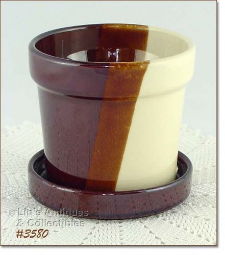 McCOY POTTERY TRI COLOR 4 3/4 INCH TALL FLOWERPOT WITH DETACHED SAUCER