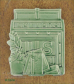 McCOY POTTERY � MAILBOX �LETTER� WALL POCKET