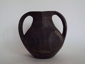 Han dynasty double-ear black jar