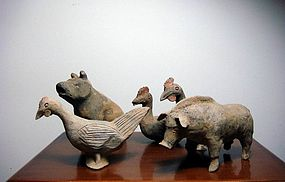 Han dynasty happy animal family