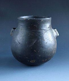 Liangzhu neolithic black pottery pot