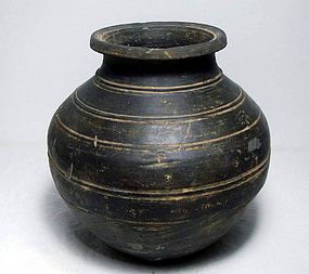 Warring-states period black pot