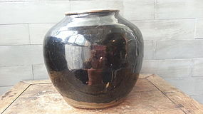 A lovely jin dynasty black pot