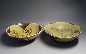 One pair of tang dynasty changsha kiln bowl
