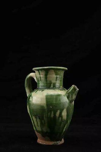 Tang dynasty three-color pot