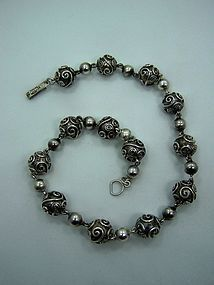 Beckmann Beads Vintage Mexican Silver Necklace