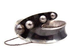 Sigi Pineda Mexican Silver Pearls Vintage Bracelet