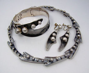 Sigi Pineda Plateria Mexican Silver Necklace Earrings