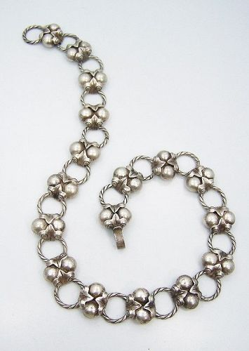 Taxco 980 Heavy Vintage  Mexican Silver Coco Necklace