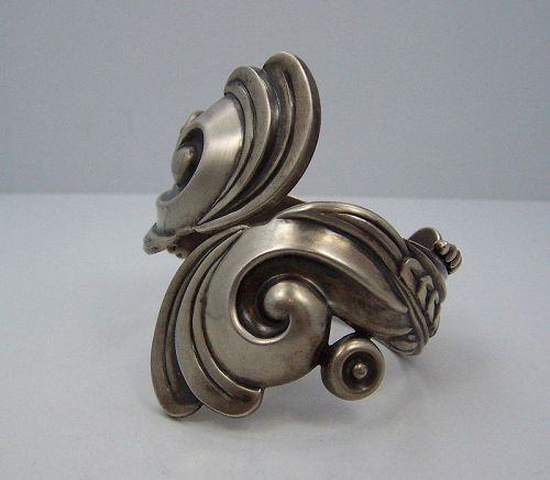 Los Castillo 508 Vintage Mexican Silver Swirl Clamper Bracelet