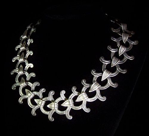 Victoria  Vintage Mexican Silver Chased Necklace Anna Brilanti