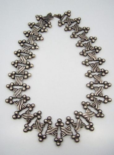 Hector Aguilar Vintage Mexican Silver Six Spheres Necklace