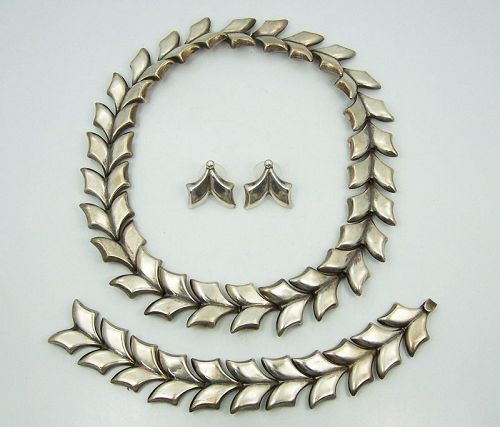 Taxco 980 Mexican Silver Leaf Necklace