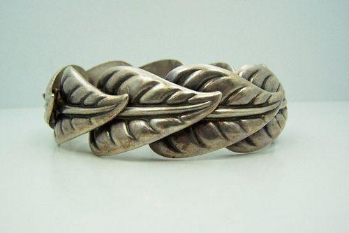 Los Castillo # 560 Vintage Mexican Silver Big Leaf Bracelet