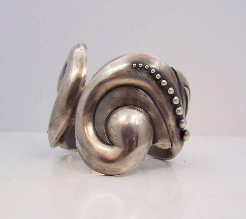 Los Castillo # 250 Mexican Silver Vintage Clamper Bracelet