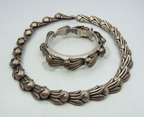 Los Castillo 468 Vintage Mexican Silver Necklace Bracelet Set